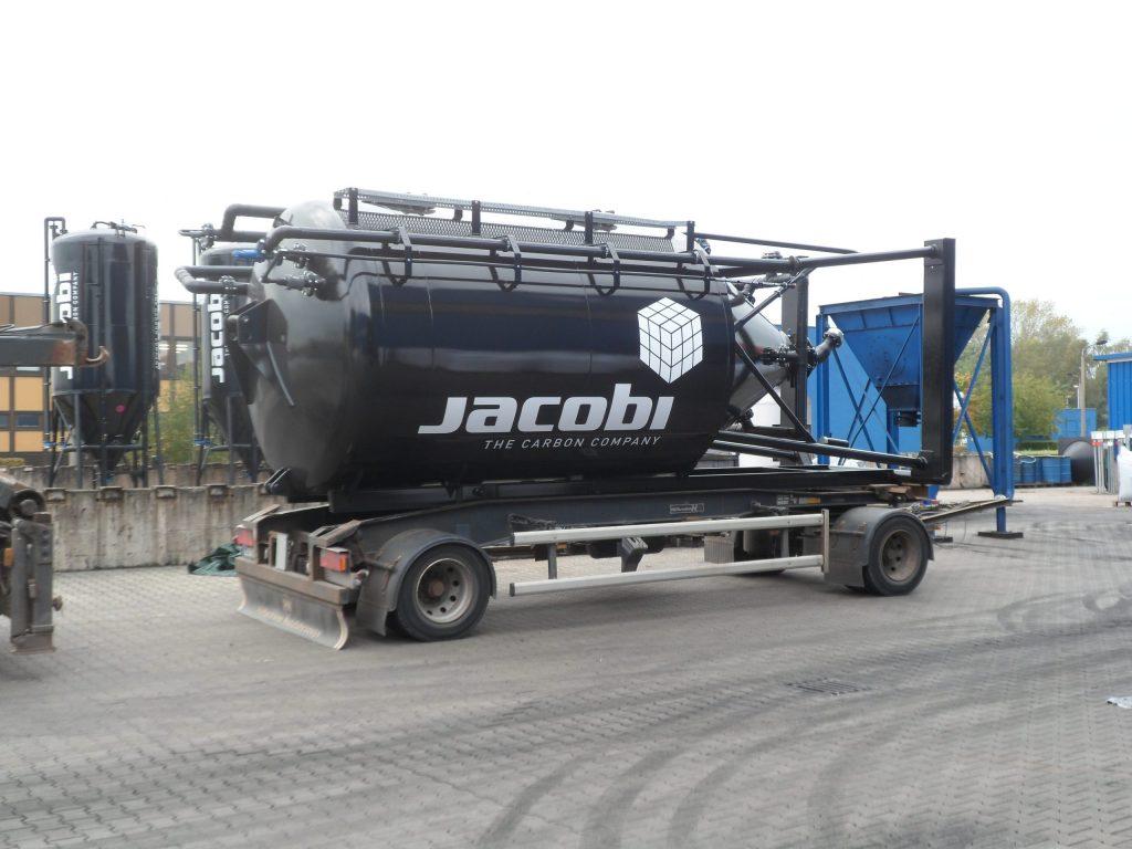 Aktivt kul til rensningsanlæg - Jacobi Silotruck